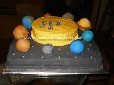 coolest-solar-system-cake-14-21382095.jpg
