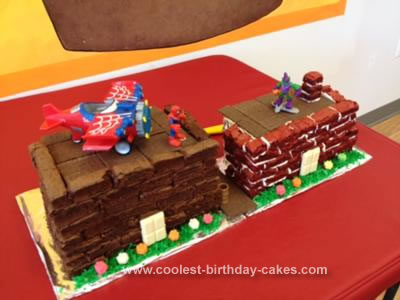 Homemade Spiderman vs Green Goblin Cake