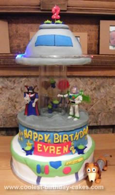 Coolest Spinning Toy Story Alien UFO Invasion Musical Carousel Birthday Cake