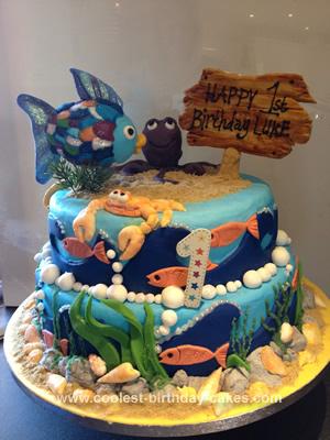 coolest-splish-splash-fish-bash-cake-21678466.jpg