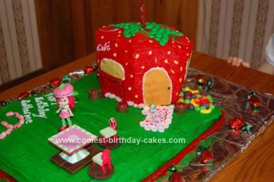 Homemade Strawberry Shortcake Cafe Cake