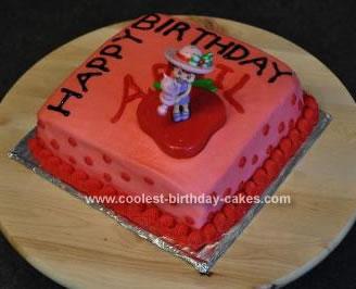 Homemade Strawberry Shortcake Cake