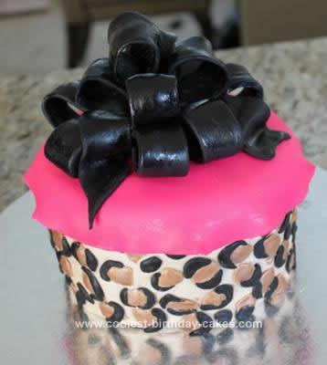 coolest-sweet-16-birthday-cake-2-21610207.jpg