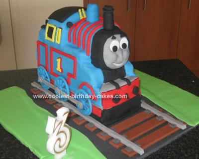 This Is The 3D Thomas Train Cake From Debbie Browns Book Childrens Character Cakes