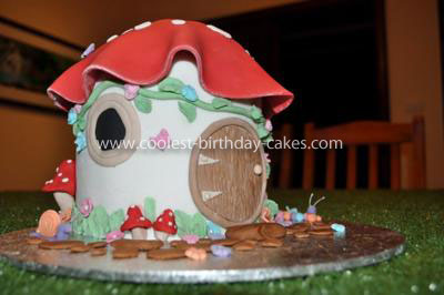 Coolest Toadstool House Cake
