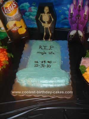Homemade Tombstone Halloween Wedding Cake Design