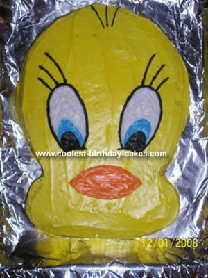 Tweety Bird Cake