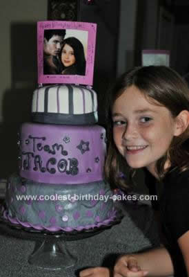 Homemade Twilight Team Jacob Cake