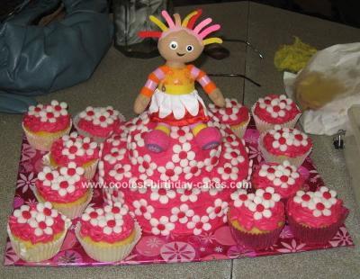 Homemade Upsy Daisy Birthday Cake