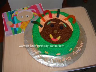 Homemade Upsy Daisy Cake
