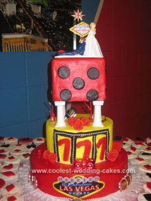 coolest-vegas-wedding-cake-21805810.jpg