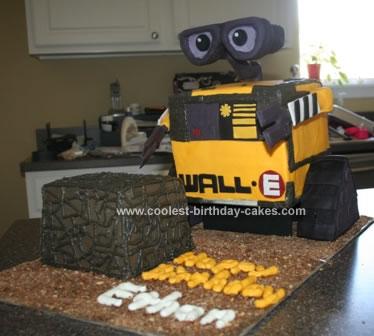 Homemade Wall E And Cube Birthday Cake
