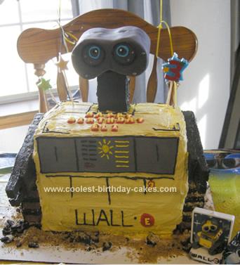 Homemade Wall E Cake  And  Eva Pops