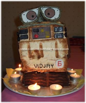 Homemade Wall.E Cake