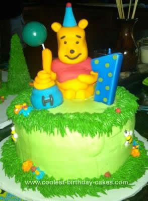 Marvelous Coolest Winnie The Pooh Birthday Cake Design Funny Birthday Cards Online Alyptdamsfinfo