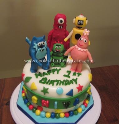 Incredible Coolest Yo Gabba Gabba Birthday Cake Funny Birthday Cards Online Overcheapnameinfo