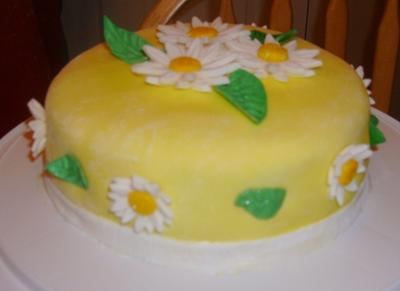 Groovy Daisy Cake Funny Birthday Cards Online Alyptdamsfinfo