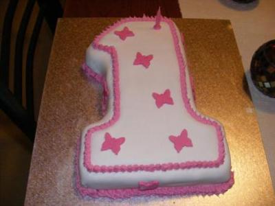 first-birthday-cake-21328495.jpg