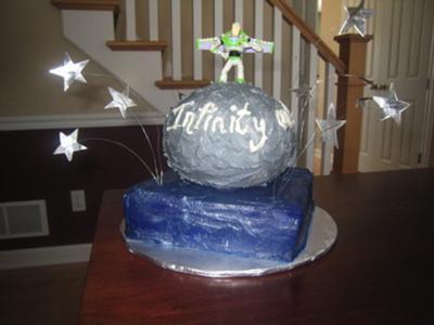 homemade-buzz-light-year-cake-21346861.jpg