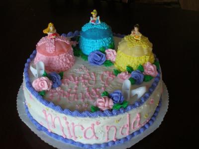 Cool Homemade 3 Princesses Cake