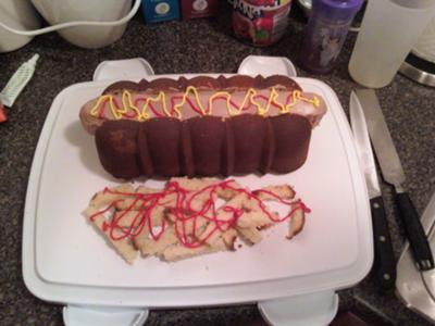 hot-dog-and-fries-cake-21342864.jpg