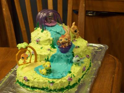 little-pet-shop-spring-meadow-cake-21345986.jpg