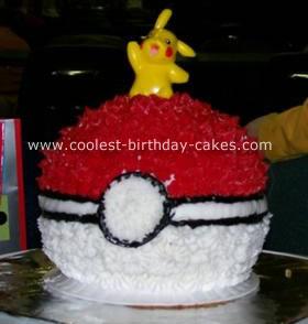 Pokeball Cake