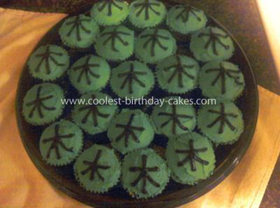 Power Rangers Samuri Cake With Samuri Cupcakes
