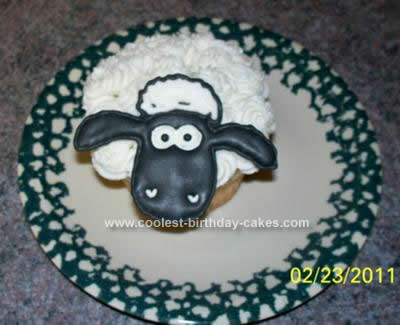 Homemade Shaun the Sheep Cupcake