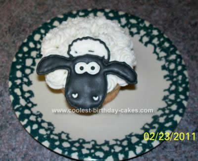 Homemade Shaun the Sheep Cupcake