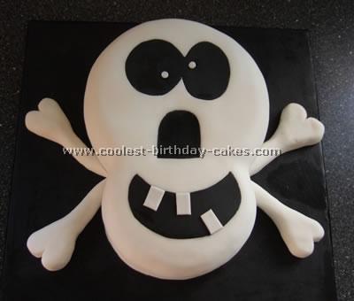 Skull and Crossbone Cake