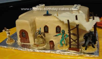 Mos Eisley Cantina Cake