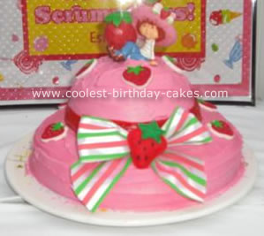 Strawberry Shortcake Hat Cake