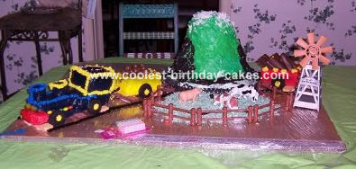 Peachy Cool Homemade Polar Express Train Cake Funny Birthday Cards Online Elaedamsfinfo