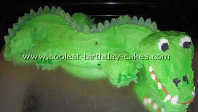 Coolest Alligator Cakes