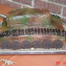 Army Tank Cakes on the Web's Largest Homemade Birthday Cake Picture Gallery