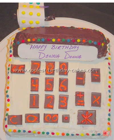 Coolest Calculator Cake Ideas and Photos