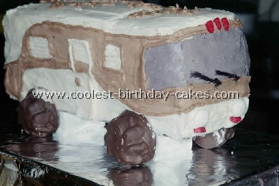 Coolest RV Camping Cakes