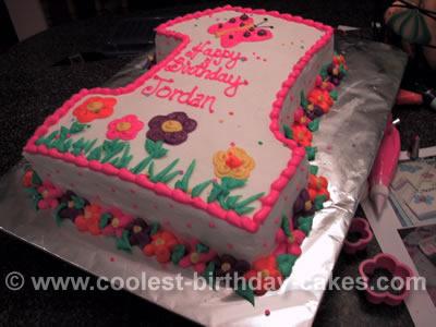 1st Birthday Creative Cake Photo