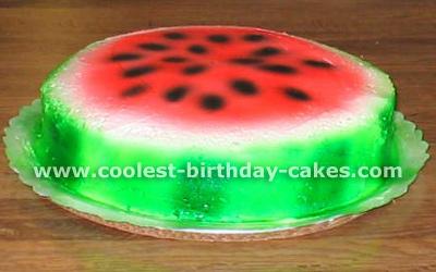 Fruit-Shaped Creative Cakes
