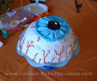 Coolest Eye Cake Ideas and Photos