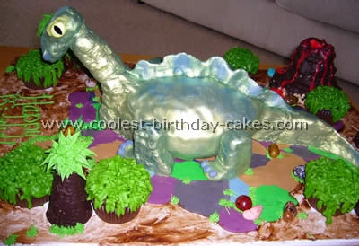 Coolest Dinosaur Cake Photos And Tips
