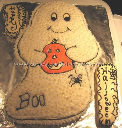Coolest Ghost Cake Photos and How-To Tips