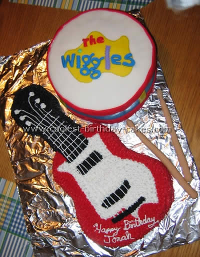 Wilton guitar w/ options cake pan mold #2105~570 w/ instructions.