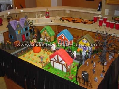 Coolest Animated Halloween Cake Idea