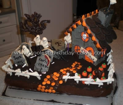 Marvelous Coolest Haunted House Cake Ideas Photos And How To Tips Personalised Birthday Cards Epsylily Jamesorg
