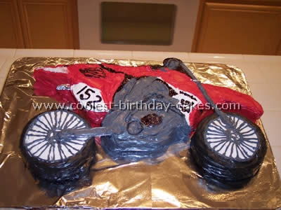Stupendous Coolest Homemade Birthday Cake Ideas For Motorcycle Fans Funny Birthday Cards Online Inifofree Goldxyz