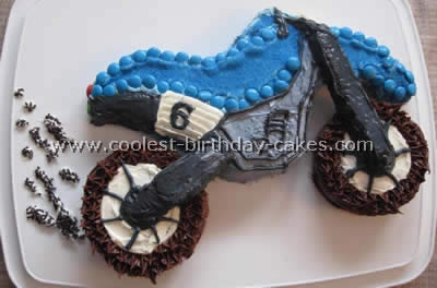 Magnificent Coolest Homemade Birthday Cake Ideas For Motorcycle Fans Funny Birthday Cards Online Inifofree Goldxyz
