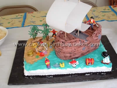Tremendous Coolest Pirate Birthday Cakes And How To Tips Funny Birthday Cards Online Alyptdamsfinfo