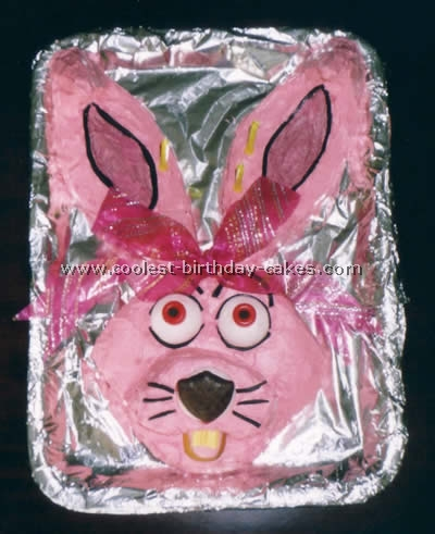 Take a look at the coolest Mixi the Rabbit cake photos. You'll also find loads of homemade cake ideas and DIY birthday cake inspiration.